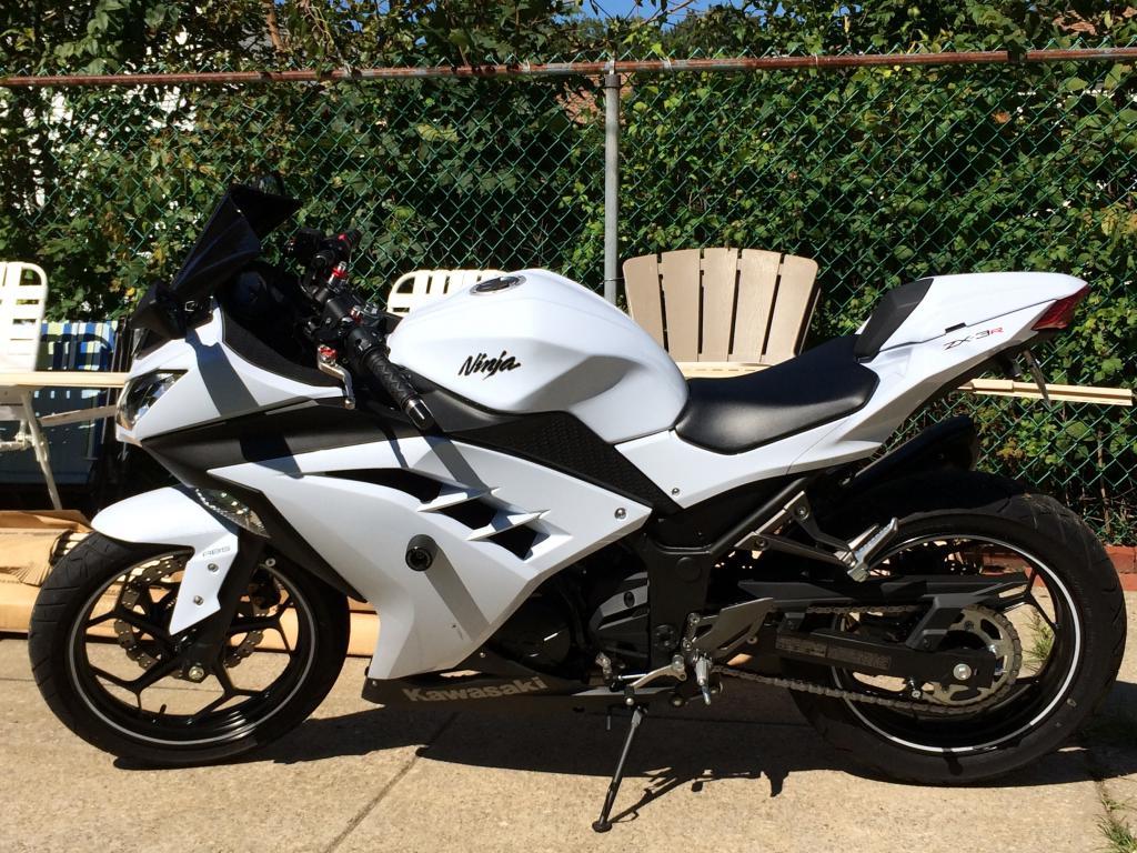 First 2014 white se ninja with white tank kawasaki ninja 300 forum - Ninja 300 forum ...